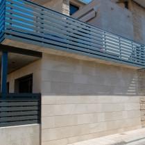 Fachada en Travertino Teruel diferentes texturas
